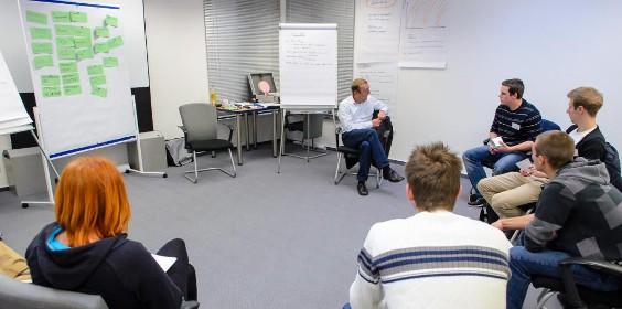 Kommunikationstraining Kaffeepause Wuppertal SMT Eingangsbereich Sprachen MedienTraining Mitarbeiterqualifizierung und Personalentwicklung