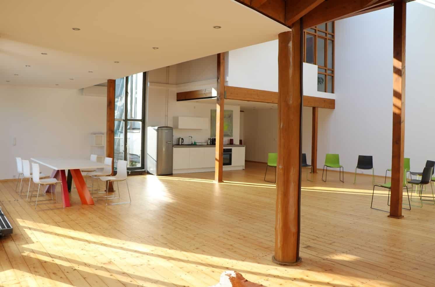 schulungsr ume seminarr ume konferenzr ume edv r ume mieten. Black Bedroom Furniture Sets. Home Design Ideas